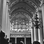 1970 09 11 Paveikslų galerijoje su simfoniniu orkestru ir Bernardu Vasiliausku